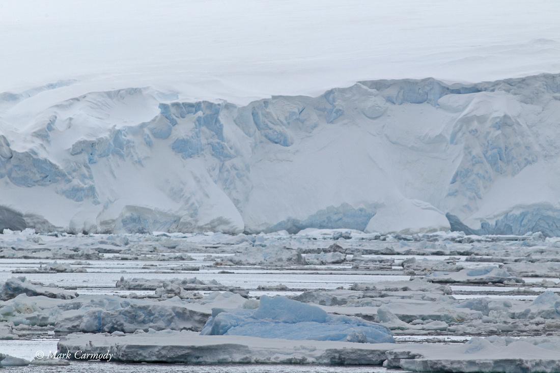 MC004487 Glacier