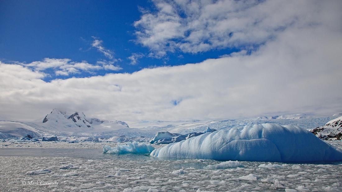 MC__5300 Antarctica Iceberg